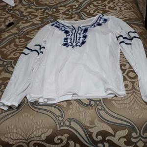 Girl's long sleeve shirt